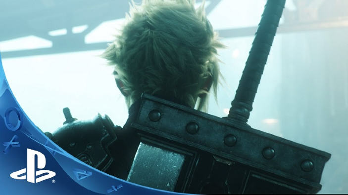 Final Fantasy VII Remake, lo sviluppo procede in parallelo con Kingdom Hearts III